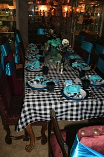 Checkered tablecloths – Not just for Italian restaurants or the 4th of July