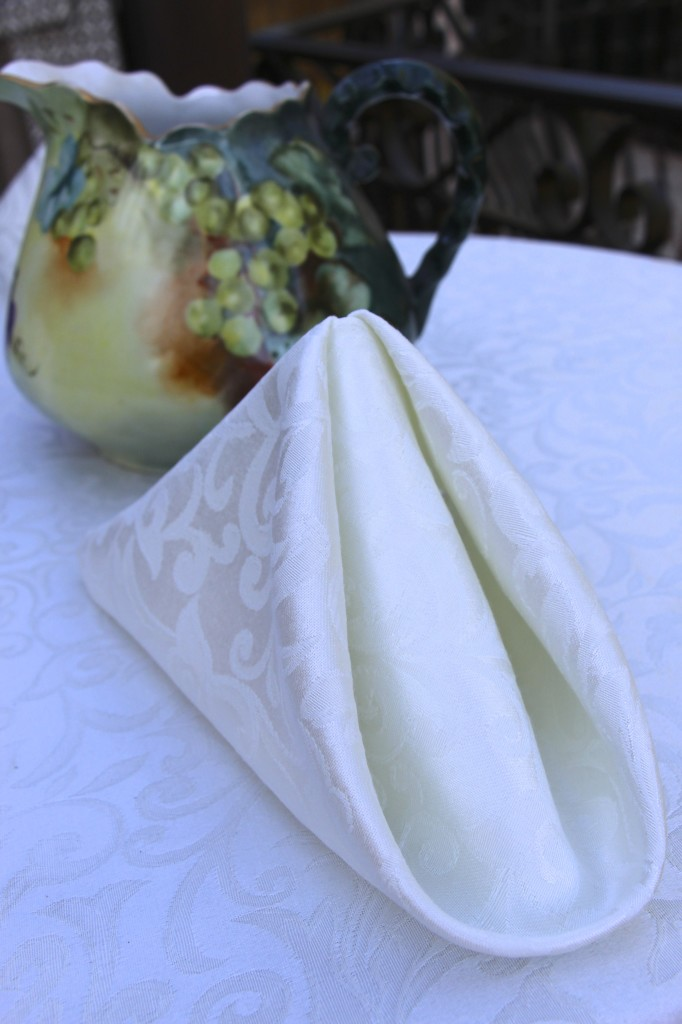 The History Of Damask Tablecloths Premier Table Linens Blog