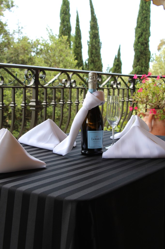 Poly Stripe Table Linens