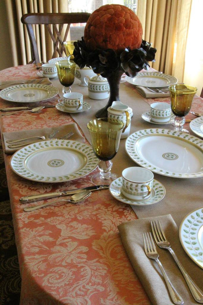 Miranda Sienna shown with Havana Faux Burlap Table Runner & Napkins
