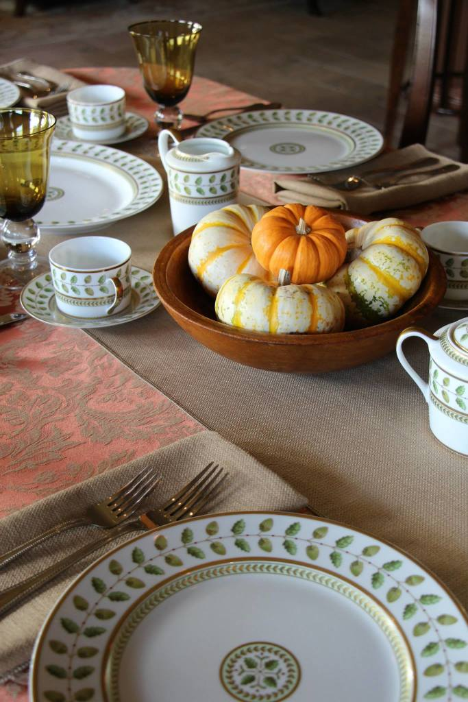 Miranda Sienna Damask shown with Havana Faux Burlap Table Runner & Napkins