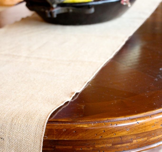 """Burlap Table Runner """"How to measure your runner size."""""""
