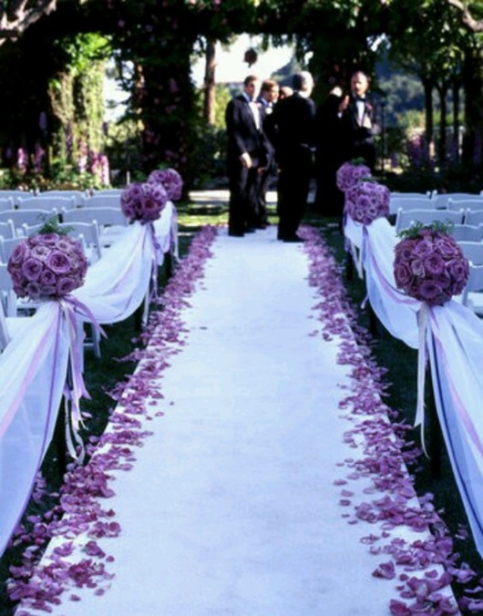 Ultra Violet Is Pantones Color Of The Year 2018 Premier Table